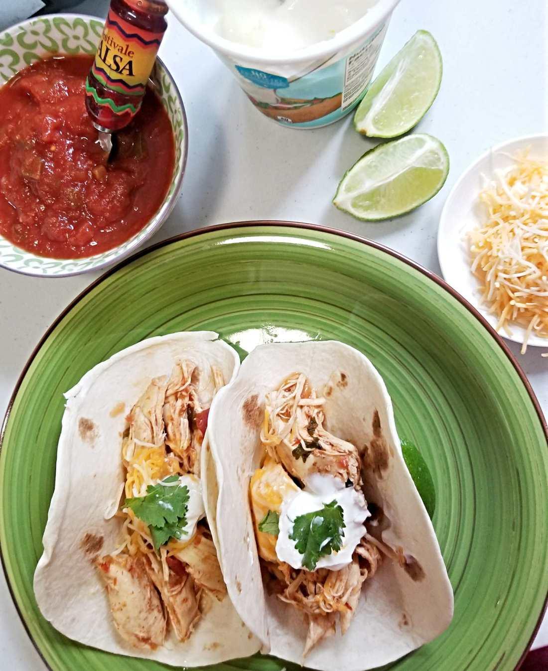 chicken tacos 1.jpg